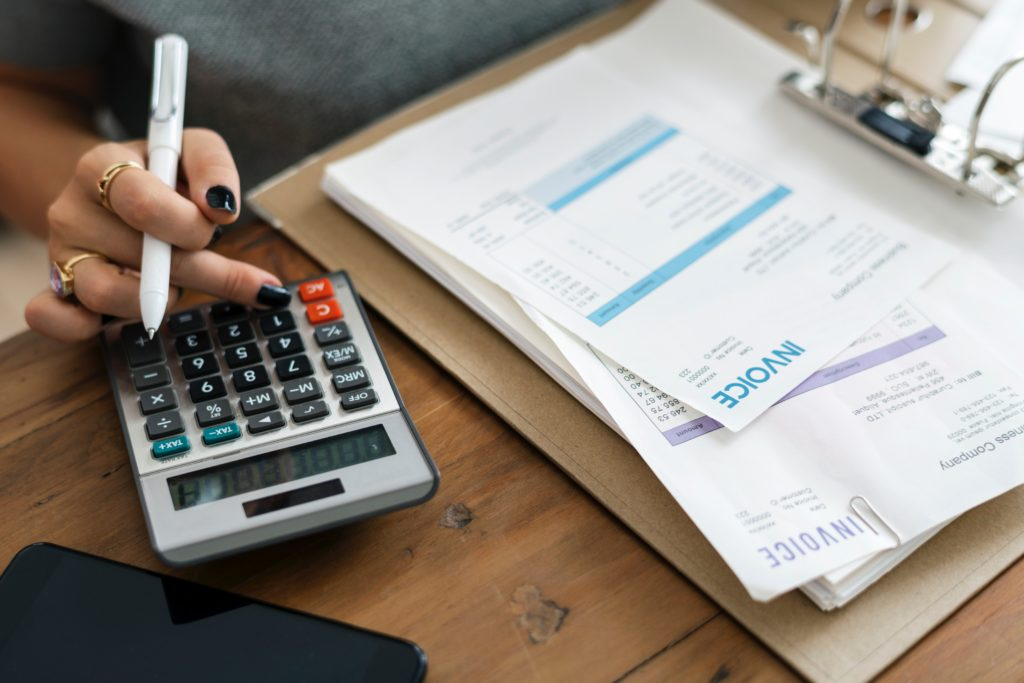invoicing-and-cash-flow